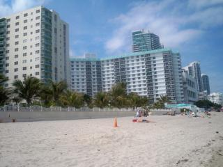 2/2 ocean front condo at  Tides on Hollywood Beach - Sunny Isles vacation rentals