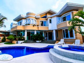 Jurere Villa Buzios - Los Angeles vacation rentals