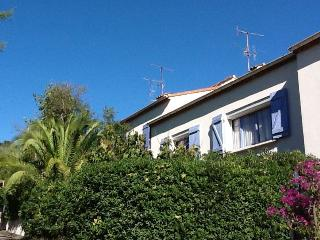 French Riviera 3 Bedrooms AC Park, Cannes  beach - Cannes vacation rentals