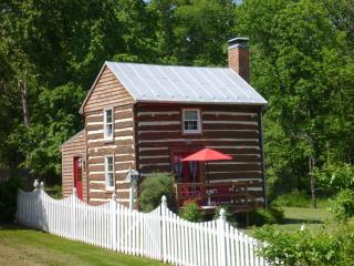 The Old Summer Kitchen in Fort Valley, VA - Linden vacation rentals