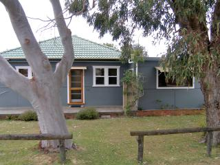 Toowoon Bay Cottage - Central Coast, NSW Australia - New South Wales vacation rentals
