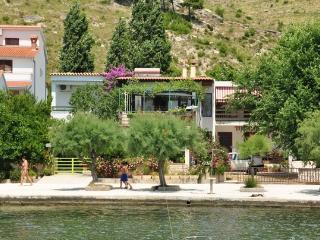 Apartment Ana No.6 (for 2 persons) - Dugi Rat vacation rentals