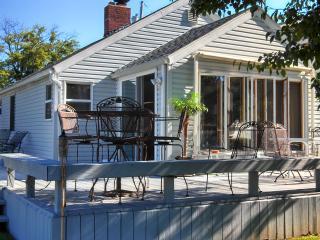 Webster Lake Vacation Cottage, North Webster, Ind - North Webster vacation rentals