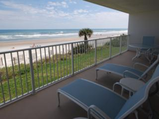 Incredible 3 Bedrooms and 2 Bathrooms corner unit! - New Smyrna Beach vacation rentals