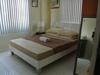 TJ Homestay - Private Room - Cebu City vacation rentals