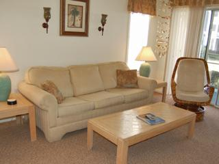 Great 2 Bedroom Rental at River Oaks, with On-Site Golf, Pools, WiFi - Myrtle Beach vacation rentals
