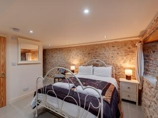 The Milking Parlour barn sleep 16 with hot tub - Kilmington vacation rentals