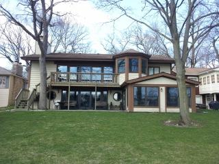Stunning Lake Front Home - Powers Lake, WI - Powers Lake vacation rentals