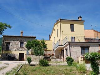 Bed and Breakfast Accommodation - Bed and Breakfast in Le Marche Italy - Agriturismo Il Casato - Macerata - rentals