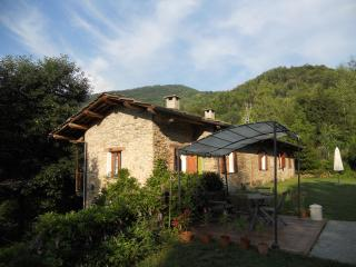 B&B Cascina Moneia - Bagnolo Piemonte vacation rentals