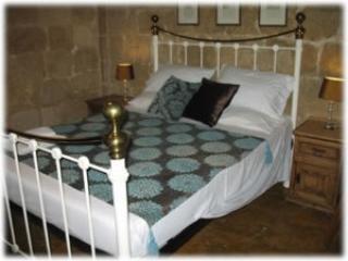 The Burrow Host Family Bed & Breakfast - Tarxien vacation rentals