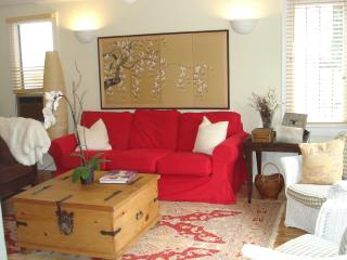 Stylish Cottage/Bungalow For Rent In The Trendy Melrose Area - Los Angeles vacation rentals