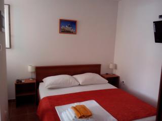 Apartments Valentina Tisno, o. Murter Croatia - Tisno vacation rentals