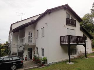Vacation Apartment in Kaiserslautern - 807 sqft, new, quiet, on the edge of the woods (# 4294) - Pirmasens vacation rentals