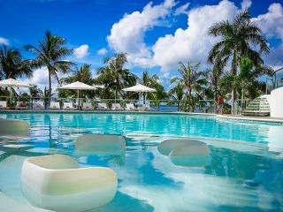 MOVENPICK 1BR LUXURY OCEAN FRONT CONDO IN CEBU - Cebu vacation rentals