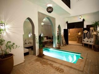 Senior Suite with breakfast in New Riad citycenter - Marrakech vacation rentals