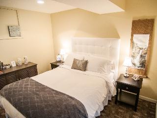 The White Room at Kye Bay B&B - Comox vacation rentals