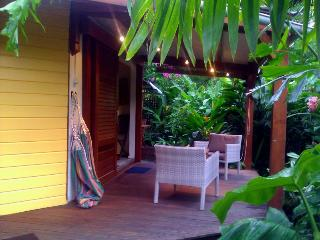 Le Parc aux Orchidées, cottage Thunbergia - Pointe-Noire vacation rentals