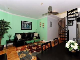 Midtown West 4 Bedroom/2 Bathroom - New York City vacation rentals