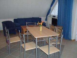 Vacation Apartment in Blankenfelde-Mahlow - 754 sqft, quiet, central, child-friendly (# 4301) - Blankenfelde vacation rentals