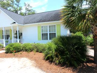 Perfect Little Beach Cottage - Southport vacation rentals