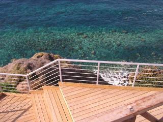 Casa tradicional frente al mar, Norte de Tenerife - Guia de Isora vacation rentals