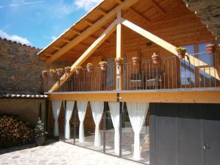Farmhouse near a legendary lake. Catalan Pyrenees. - Tremp vacation rentals