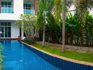 Modern 3 Bedroom Townhouse with pool in Bangtao - Rawai vacation rentals