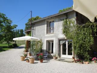 'La Petite Grange' a Rural Gîte in SW France - Chelle Debat vacation rentals