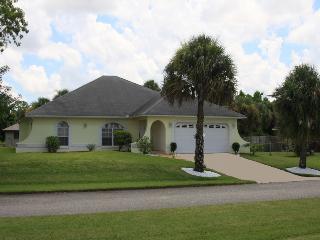 Villa Bieber Vacation Villa in Lehigh Acres, Florida - Florida South Central Gulf Coast vacation rentals