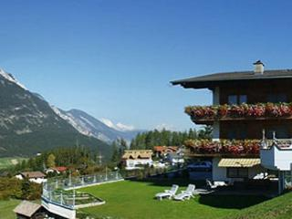 Vacation Apartment in Arzl im Pitztal - 646 sqft, quiet, idyllic, beautiful (# 4311) - Arzl im Pitztal vacation rentals