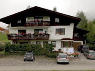 Vacation Apartment in Berwang - 915 sqft, comfortable, central, quiet (# 4318) - Berwang vacation rentals