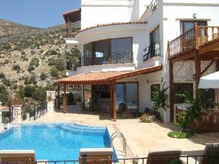 (010HH) Luxury 6 Bed Amazing Villa - Kalkan vacation rentals
