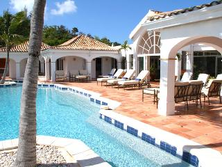 Villa Alizes SPECIAL OFFER: St. Martin Villa 352 Conveniently Located In Terres Basses, Just Minutes To The Islands Best Beaches, Shopping, Restaurants And Nightlife. - Terres Basses vacation rentals