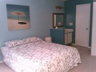 Vacation Condo at Venetian Palms 1309 - Fort Myers vacation rentals