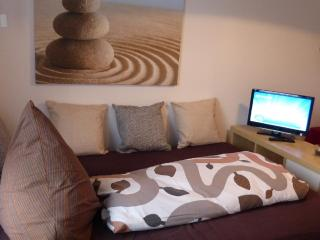 Vacation Apartment in Uttenreuth - 1625 sqft, central, cozy, modern (# 4319) - Nuremberg vacation rentals