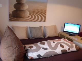 Vacation Apartment in Uttenreuth - 1625 sqft, central, cozy, modern (# 4319) - Stein vacation rentals