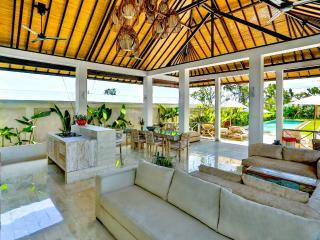 Villa  Shakti - Spacious, open and luxurious! - Kerobokan vacation rentals