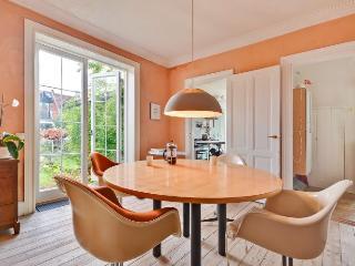Lovely Copenhagen house at Langgade station - Copenhagen vacation rentals