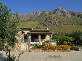 Villa Lucy - Castellammare del Golfo vacation rentals