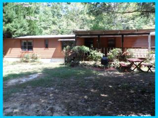 Country Cottage - Martinez vacation rentals