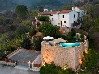 Luxury Romance Rpivate villa in Chania - Keramiai vacation rentals