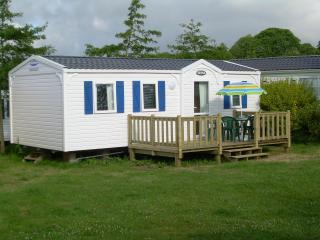 Quality Mobile Home to rent in Benodet, Finistere  Coastal south west Brittany. - Pont-Aven vacation rentals