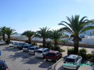 2 bedroom town house centre Conil - Costa de la Luz vacation rentals