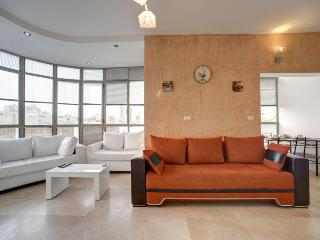 Central TLV ! 5 min from the beach9 - Tel Aviv vacation rentals