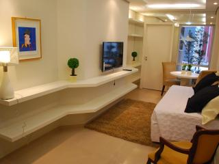 Modern 1 bedroom apart in downtown. - Curitiba vacation rentals