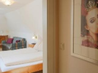 LLAG Luxury Double Rooms in Spitz (Austria) - 269 sqft, modern, historical, family (# 4325) - Spitz vacation rentals