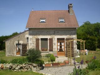 Charming Rural Gite in Moustiers, Haute Vienne, Limousin - Chaillac vacation rentals