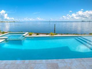 Bayfront Paradise - Holmes Beach vacation rentals