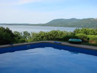 50 Mins from  Manhattan River view - Monroe vacation rentals